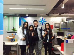 Belyn and the Social Media team in Shenzhen.